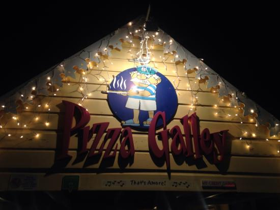 Pizza Galley: The restaurant sign as we left after a delicious meal!