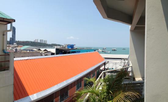 Grand Hotel Pattaya: Вид на море, 4й этаж