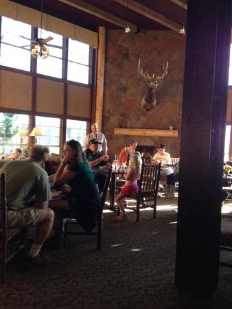 Comfort Inn Flagstaff : Breafast eating area.