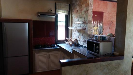 Sunshine Residence: kitchen