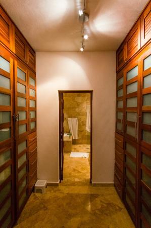Beach Palace Cabarete: storage/bathroom, unit 10