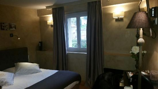 Charme business h tel lyon photo de charme business for Hotel charme