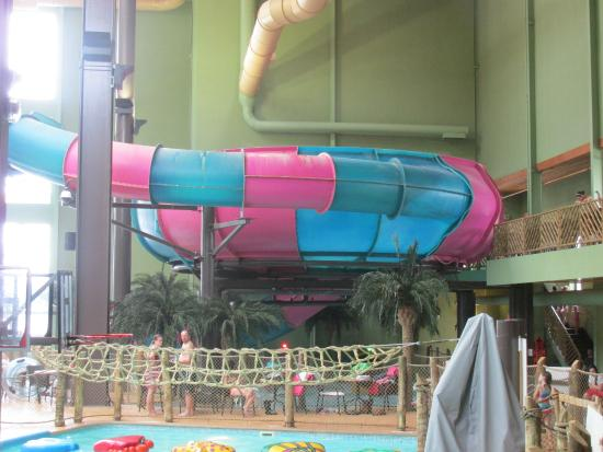 Maui Sands Resort & Indoor Waterpark: Bowl slide