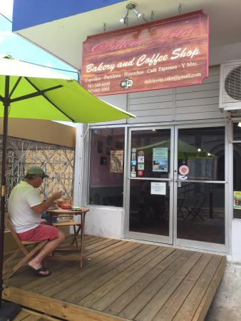 Dulcis Vita Bakery and Coffee Shop: GREAT COFFEE/SWEET TREATS