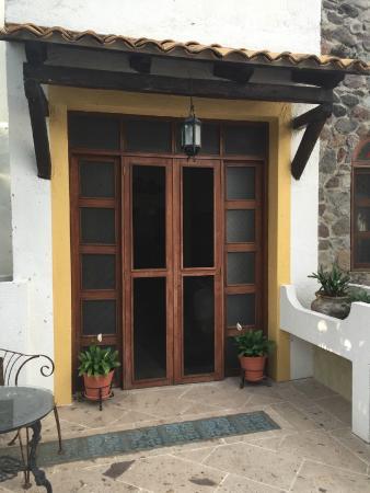 Quinta del Sol: Balcony Doors
