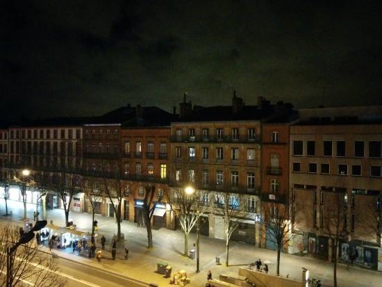 Pere Leon: Place Esquirol vue de la chambre 407