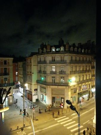 Pere Leon: Vue de la chambre