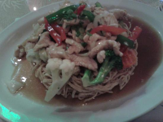 Saigon-Bangkok: Noodles Crustillants