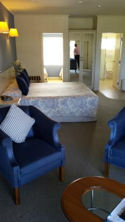 Motel de la Mer: Motel room