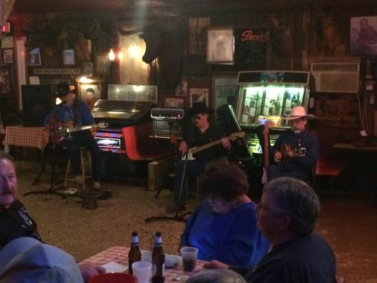 Arkey Blue's Silver Dollar Bar: 2:00pm Saturday afternoon jam session