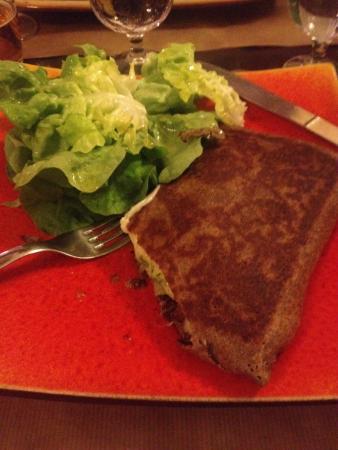 l'Oree du Bois: Escargot, potatoe, butter garlic crepe