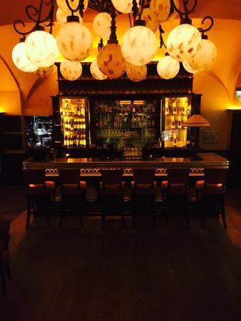bistro 25 paris champs lys es restaurant avis. Black Bedroom Furniture Sets. Home Design Ideas