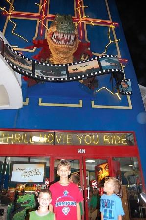 Ripley's 5D Moving Theater : 5D movie theatre!