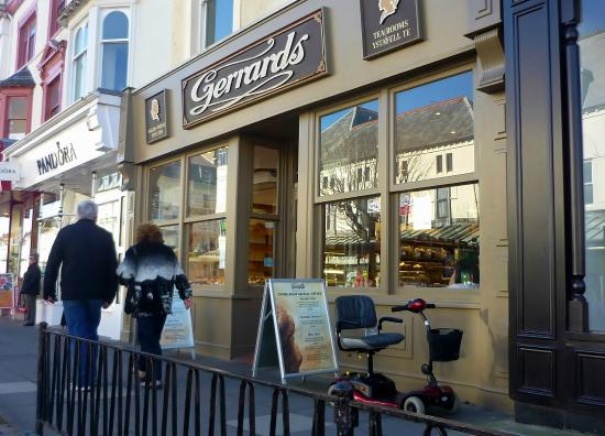 Gerrards Confectioners: Gerrards, Llandudno