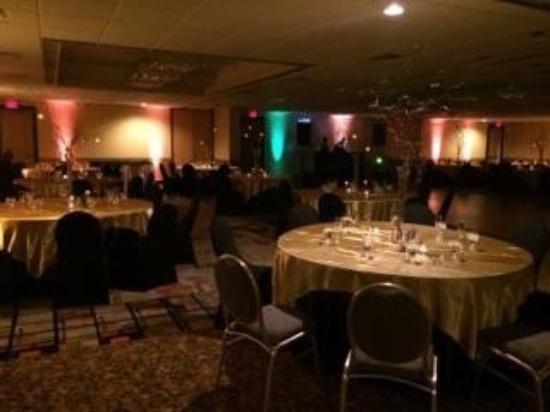 Holiday Inn Clinton - Bridgewater : Ballroom
