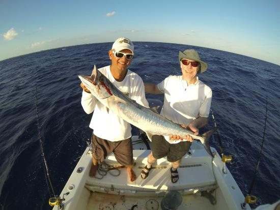 Fishing 5 lines over the open seas picture of belize for Belize fishing charters