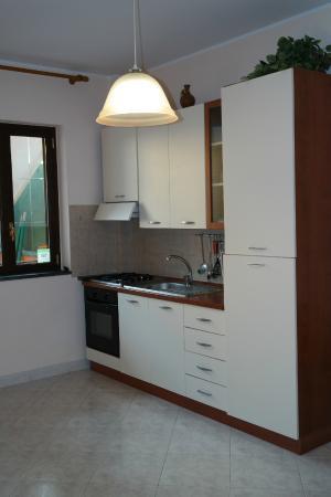 أدريانا كازا فاكانزي: Kitchen