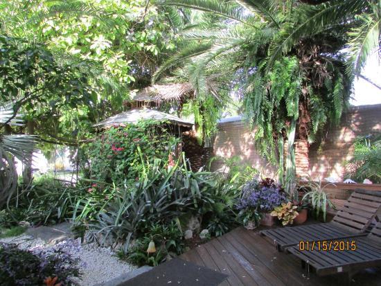 Atlantis House: Gardens