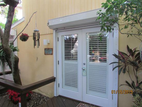 Atlantis House: Master Suite Doors