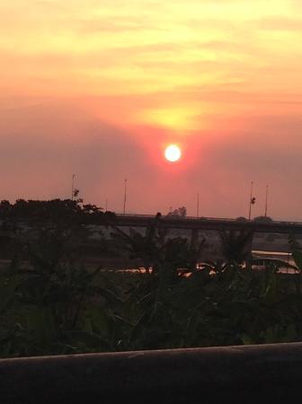Highland Eco Tours: Sunset in Kon Tum.