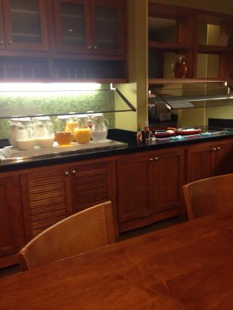 Hyatt Place Nashville/Franklin/Cool Springs: Breakfast area