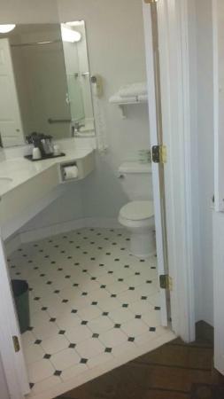 La Quinta Inn & Suites Ocala: Nice bathroom