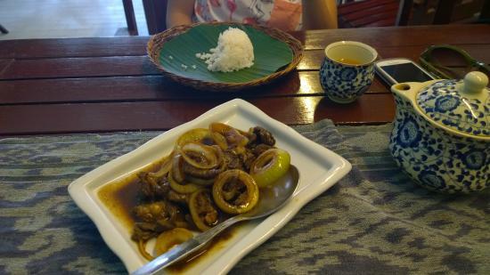 Pinoy Fiesta Ihaw Ihaw: Steak with Onion