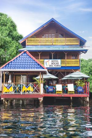 Hotel Bocas del Toro: Hotel view from the Sea