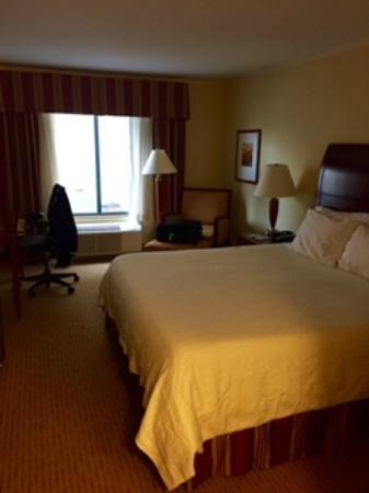 Hilton Garden Inn Bowling Green: Comfy Bed With Adjustable Soft/firmness