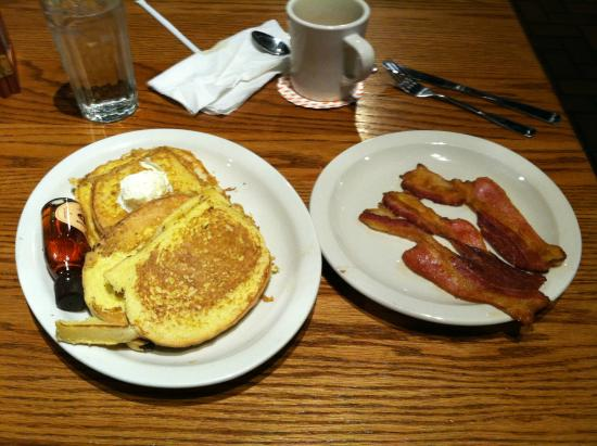 Cracker Barrel: French Toast & Bacon with real Maple Syrup