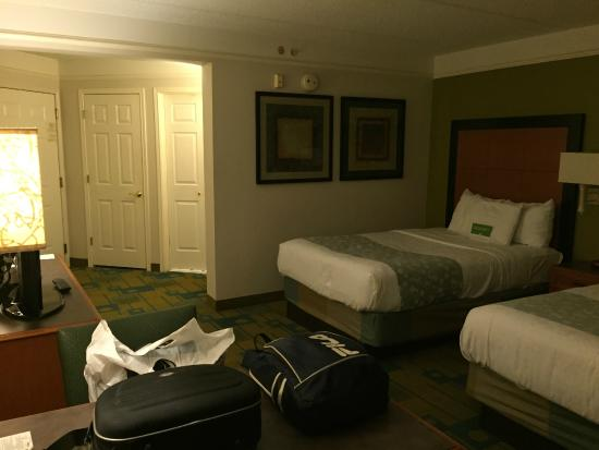 ‪‪La Quinta Inn & Suites Orlando Convention Center‬: Quarto‬