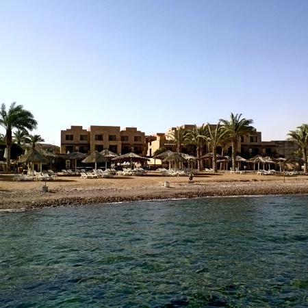 Coral Bay visto do Mar Vermelho