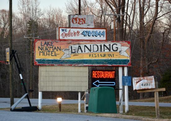 Landing Restaurant照片