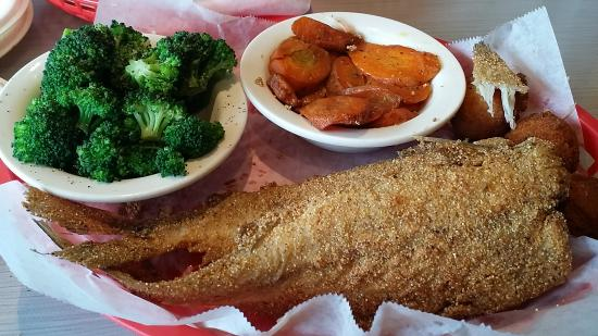 Soul Fish Cafe Poplar Avenue Memphis Restaurant Reviews Phone Number Photos Tripadvisor