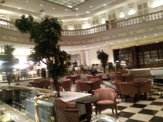 Gamma de Fiesta Americana Monterrey Gran Hotel Ancira: Lobby y desayuno en salones