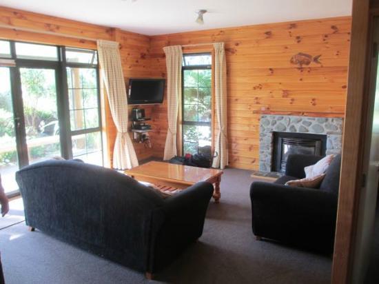 Beach Hideaway: Living room