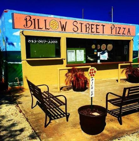 Billow Street Pizza : Billow on a sunny day