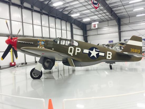 Warhawk Air Museum: p51
