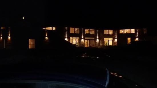 Aqua Montis Spa & Wellness Resort: esterno notte