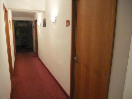 Hotel Cristallago: Outside the room