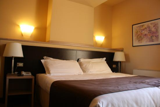 Hotel Carlton: Camera