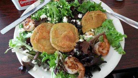Brick House Eatery: Fried green tomato salad
