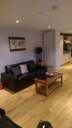 93a Grey Street Apartments: Living Area