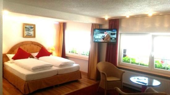 Hotel Hirschen Menzenschwand: Zimmerbild