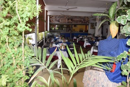 Castle Royal Hotel: Castle Coffee Shop