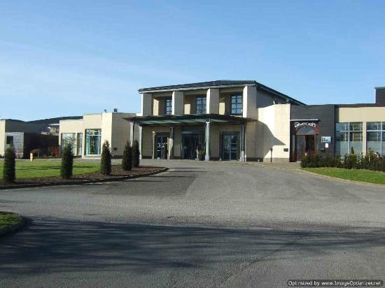 Radisson Blu Hotel & Spa, Limerick: Front entrance