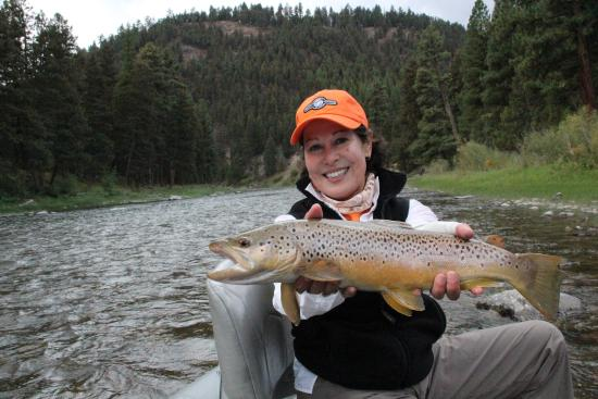 Montana Trout Outfitters - Day Tours: A day on the Blackfoot with MTO
