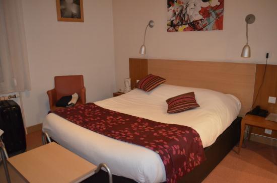 Hotel Bristol: Zimmer