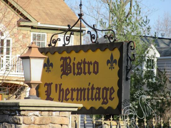 Bistro L'Hermitage: Sign from Occoquan Road