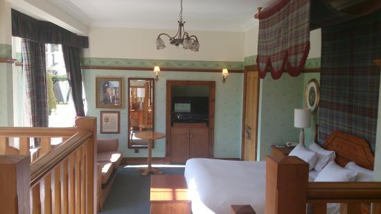 Dunkeld House Hotel: general wades suite